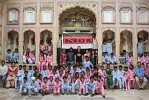 Among the Rajputs - an excursion with the Tushita Foundation Children / The scene is set in Shekhawati, towards the end of the month of July. On the occasion of an excursion with the kids of the Tushita Foundation of Amer, we set out to visit the native region of the great Rajputs – the Indian legendary military men.