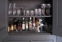 Kitchens and bars / by Teal Johnson