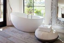 Bathrooms / by Teal Johnson