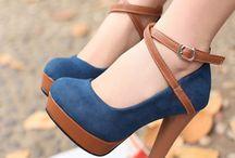 shoes / #uggs #hunters #boots #flats #converse #heels #stevemadden #glitter