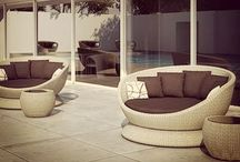 Hotspot Outdoor Swivel Bed / Luxury outdoor rattan daybed. Waterproof manufacture with water resistant cushions for comfort. Unique daybed that swivels 360 degrees.