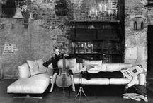 # LIVING ROOMS + luxury /  salle + luxe / livings + lujo / Spaces with a luxurious design concept or a luxurious decor. Des espaces avec un concept de dessin luxueux ó seul une décoration luxueuse. Espacios con un concepto de diseño lujoso ó solo una lujosa decoración.