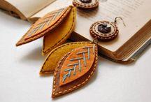 Jewelery, earrings, bracelets