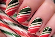 Christmas Nail Inspiration / Photos of Christmas nail manicures that are not my own.