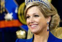Dutch royal jewels / Diamond tiara necklace ruby sapphire