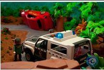 Diorama Guardia Civil - 01 / La Guardia Civil asiste a los involucrados en un accidente que se ha producido en una carretera de montaña.