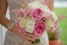 bryllup august ideer / brudebuketter
