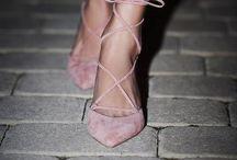 Shoes! / Shoes !