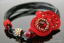 Pasternak Dorota , Dora Maar, sutasz beading / http://doramaar.pl/ --- http://www.facebook.com/doramaardesign --- #polandhandmade #sutasz #biżuteria