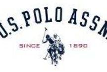 U.S.POLO ASSN KIDS / U.S Polo Assn è un brand tutto americano nato nel 1890 U.S.Polo tratta capi di abbigliamento e accessori sportivi casual-chic per uomo,donna e bambino,in particolar modo legati al mondo del polo. U.S.Polo Assn è un vero life-style brand dallo stile sobrio e di classe, che presenta collezioni di maglieria,polo in piquet e jersey,capispalla, pantaloni, e felpe, blazer in cotone e cashmere, tutine e tutoni, calzature e accessori realizzati con materiali pregiati e curati fin nei minimi dettagli.