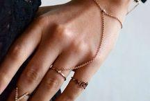 dainty, delicate jewellery