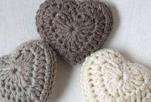 CORAÇÃO DE CROCHÊ (crochet heart) / CORAÇÃO DE CROCHÊ / by Sônia Maria