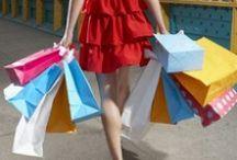 Shopping compulsivo / Lo shopping compulsivo è diventato un disagio reale e sempre più frequente. Ecco le tematiche coinvolte: bisogno di accumulare oggetti, acquisto emotivo, senso di perdita di controllo, ricerca di autostima, necessità di consolazione e ricompensa emotiva