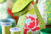 Sew Simple / by Yani Beding
