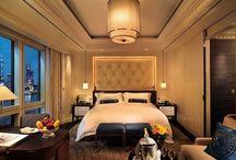 Hotel Luxury / by Julia De Fayard-Robitaille
