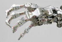 ROBOTS and STUFF / sci-fi robots, mechs, futuristic characters