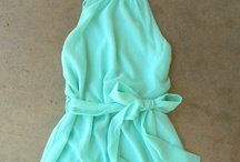 Summer Dresses / by Naomi Hinds