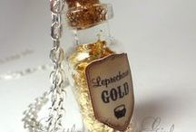 Bottle Charm / Everybody need Fairy Dust.. so make it!