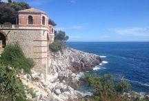 Cap Martin / Roquebrune-Cap-Martin - Sentier des douaniers - Colonnade de style byzantin Œuvre de l'architecte Edouard Arnaud inscrite aux Monuments Historiques