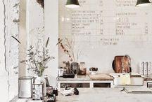 Spaces in the world / Tiendas bonitas, restaurantes preciosos, cafés que invitan a entrar.