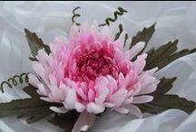 цветы из ткани / Цветы из лент, ткани. сделанные своими руками
