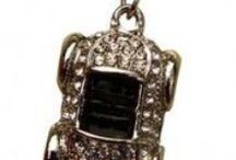 Keyrings with Bling / Add some bling to your keys with a Keyring from Glam Living, as a gift for you or someone special.