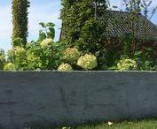 Tuinonderhoud en tuinaanleg. Inspiratie nodig? / Landscaping / landscape in the Netherlands. Tuinonderhoud en tuinaanleg. Inspiratie nodig voor je tuin? Bekijk onze borden en pins. Voor vragen kan je altijd contact met ons opnemen.