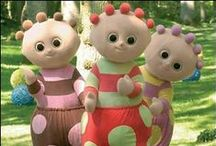 Omblibloo, Tombliboo! / Good things always come in threes, and your little ones adore waving and dancing with the Tombliboos!