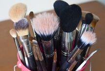 Make Up Brushes Organizer