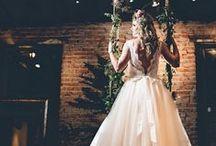 Brides | The Dress / Noivas | O Vestido https://urbanglamourous.wordpress.com/…/12/noivas-o-vestido/ https://www.facebook.com/urbanglamourous #Beauty, #Beleza, #Bride, #casamento, #Dress, #Fashion, #Fashionista, #Glamour, #Moda, #Modern, #Moderna, #Noiva, #Romantic, #Romântica, #Tradicional, #vestido, #wedding