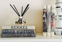 Decorating with Books / https://urbanglamourous.wordpress.com/…/decorando-com-livr…/ #books, #Casa, #Decor, #Decoração, #Home, #InteriorDesign, #livros, #Sugestão, #Sugestion