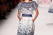 Dresses Spring 2016 / https://urbanglamourous.wordpress.com/…/o-regresso-ao-vest…/ #DSquared2, #Fashion, #GiambattistaValli, #Gucci, #LenaHoschek, #Moda, #NaeemKhan, #Primavera, #Spring, #Tendências, #Valentino, #Verão