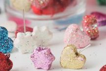 DIY Glitter Projects / Glitter everything!