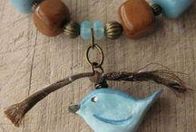 Bijoux / Bijoux in pietre dure, ceramica, polymer clay, cotone, lana...ornamenti  che forse potrei fare anche da sola, volendo...in ogni caso, sono bijoux che mi piacciono!
