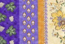 cotonine e tessuti provenzali / Tessuti con piccoli fiori e decorazioni minute. Mi ispirano nella realizzazione dei miei animaletti di ceramica