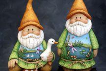 Gnomi, nani, elfi, stregoni, fate etc... / Tutti gli abitanti e i componenti di un immaginario sottobosco incantato: elfi, gnomi, nani, fatine, funghi, casette etc...
