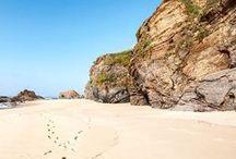 Plages de rêves / Les plus belles plages dans le monde. Sable fin de toutes les couleurs, galets, grandes baies ou falaises, il y en a pour tous les goûts.