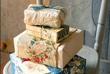 Cards &Wrapping / by Olivia Munroe