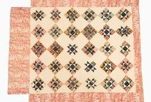 Antieke & Vintage Quilts / Because there is so much inspiration to be discovered in quilts from the past. / by Greta Van Den Berg