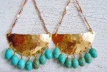 Boucles d'oreilles (DIY + Inspiration) / Plein de jolies boucles d'oreilles - Coup de coeur à acheter, pour rêver ou inspiration pour créer