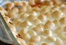 Thanksgiving Foods / by Lauren Ferguson