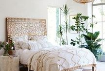 summer bohemian / Come summer, we seek to add soft scandi boho style accent pieces to our home that emulate the free-spirited essence of the season. Kate Baxter from Fabric of my Life curates our Summer Bohemian guest edit board.