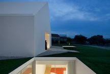 Architect / Aires Mateus