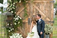 Wedding Backdrop/Flower Wall / Amazing what you can do with florwers