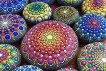 Камушки / Поделки из камней