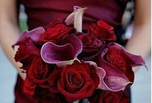 Burgundy Wedding Ideas / Burgundy wedding, colors, ideas, gold and burgundy, flowers, dress, vintage, clutches, rustic, palette, favors, DIY, bridesmaids, country