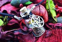 Jewelry / Bracelets, necklaces, rings, earrings...