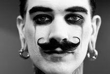 La moustache c'est sexy...!