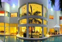 Luxury Vacation Rentals  / Find the perfect Vacation rental or a secluded Villa to enjoy a splendid vacation full of privacy