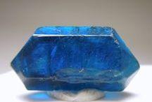 Edelsteine und Halbedelsteine natur ungeschliffen / Steine die naturbelassen sind